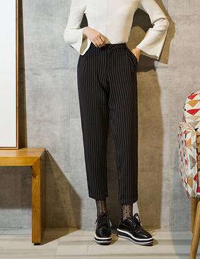 YCCL1-231 复古竖条纹九分锥形裤 黑色 XS