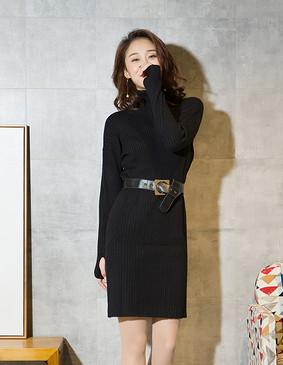 YCDL5-359 高领坑条毛织连衣裙 黑色 S