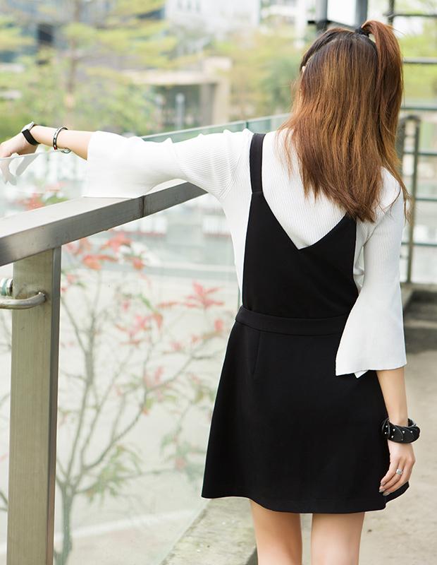【伊霓裳】服装积分兑换 YCAQ-723 修身开衩喇叭袖毛衫