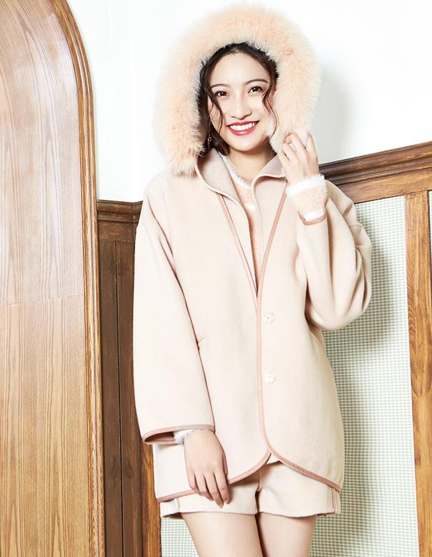 【伊霓裳】YNS100 可爱轻奢保暖双面呢套装