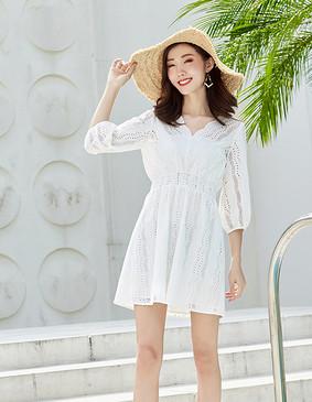 YYBJ-0032 仙气镂空绣花收腰连衣裙(配抹胸) 珍珠白 2XL