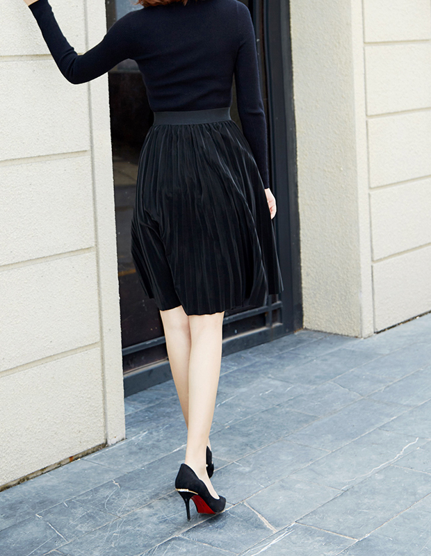 【伊霓裳】YCDQ-049 时尚百褶PU半身裙